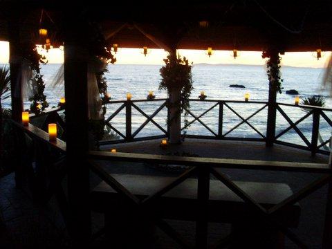 Laguna Beach Ca Beautiful Gazebo Wedding Ceremonies By Candlelight At Sunset
